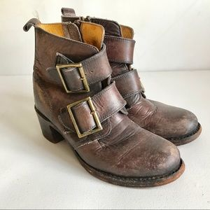 FRYE ankle Sabrina double buckle Boots 8 brown